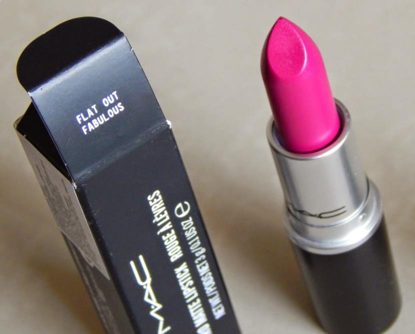 Lipstick MAC Flat Out Fabulous