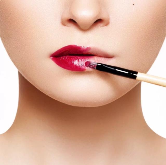 Cara Memakai Lipstik