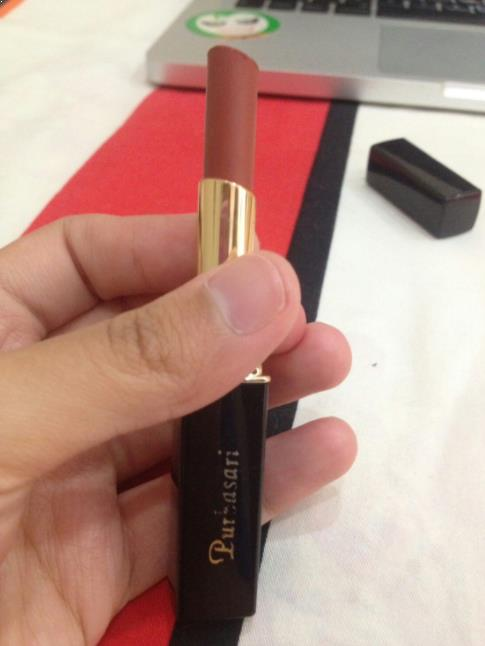 Lipstik 81 Diamond