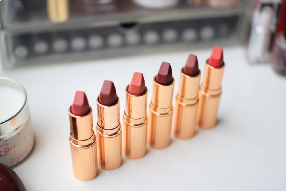 Lipstik Charlotte Tilbury Matte Revolution