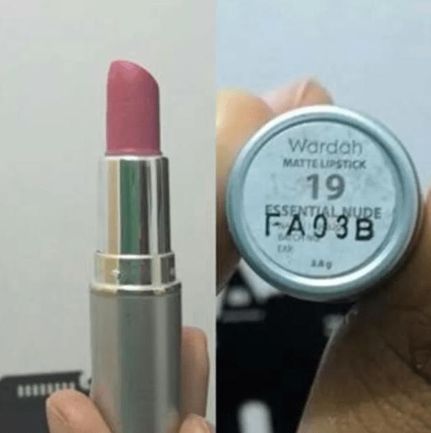 Lipstik Matte #19 (Essential Nude)