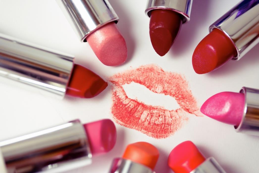 Warna Lipstik Untuk Kulit Gelap
