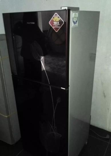 Kulkas Polytron 2 Pintu Bekas