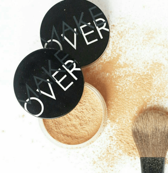 Bedak Make Over Smooth Translucent Powder