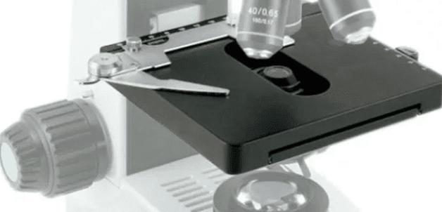 Bagian Meja Mikroskop
